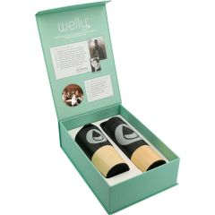 A bamboo wrap and black tumbler and copper vacuum travel bottle both with grey Welly logos inside a light teal coloured presentation box