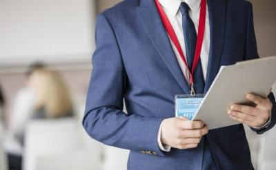 Why Should You Use Custom Lanyards for Your Business